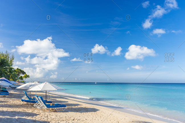 Paynes Bay beach, south of Sandy Lane Bay, Barbados