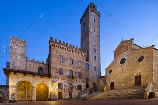 Italy, Tuscany, Siena district, Val d'Elsa, San Gimignano, Cathedral square