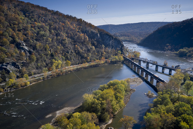 USA- West Virginia- Harpers Ferry- Aerial view of twin bridges over confluence of Potomac and Shenandoah rivers