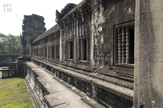 Bas-relief on the exterior walls of Angkor Wat