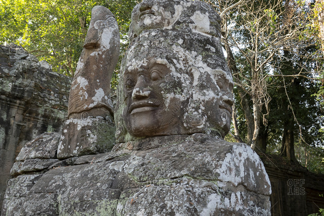 Statue with four heads outside Ankor Thom temple