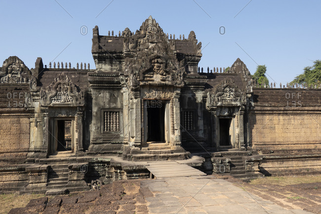 Entrance to the beautiful Angkor temple