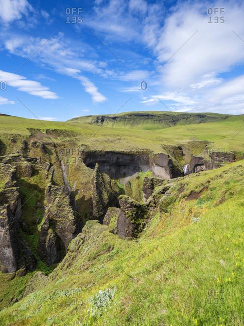 Scenic view of Fjadrargljufur canyon
