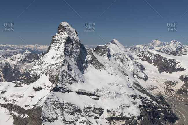Switzerland, canton of Valais, Valais Alps, Zermatt, Matterhorn with Furgggrat, east wall, Hornligrat and Hornlihutte, north wall, Matterhorn glacier, Bergschrund, Zmuttgrat, Dent d'Herens, i