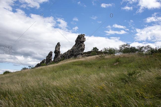 Germany, Saxony-Anhalt, Weddersleben, Teufelsmauer, mini-mountains made of sandstone between Blankenburg and Ballenstedt in the UNESCO Global Geopark Harz, has been a protected area since 1833.