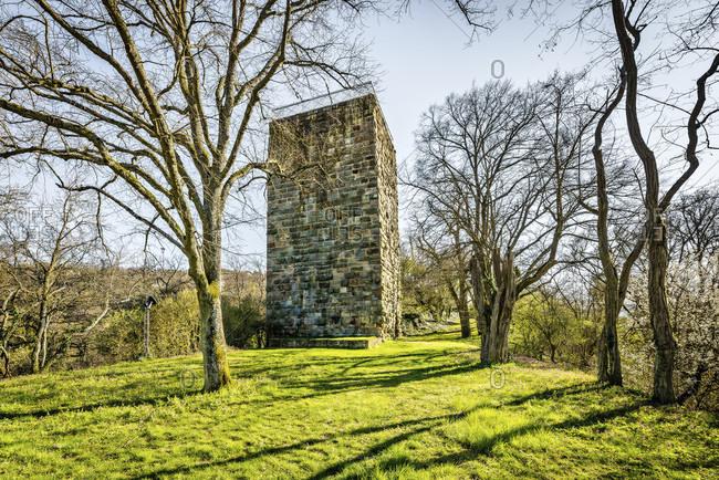 Residential tower of Burg Sponheim, in the Soonwald (Hunsruck), lies on a ridge, outside with hump blocks, founded by Counts von Sponheim, Hildegard von Bingen, Jutta von Sponheim, Spornburg,