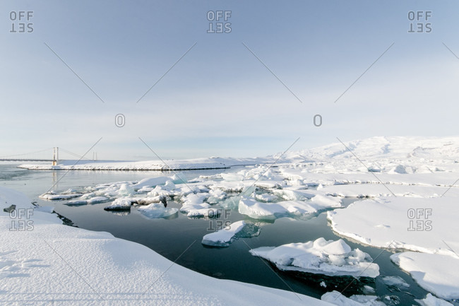Diamond Beach Island ice floes and huge sunrise ice crystals