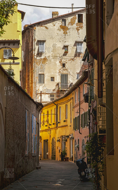 June 15, 2018: House, alley, Lucca, Tuscany, Italy, city
