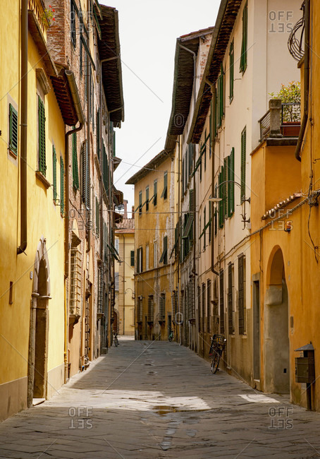 June 15, 2018: House, alley, Lucca, Tuscany, Italy
