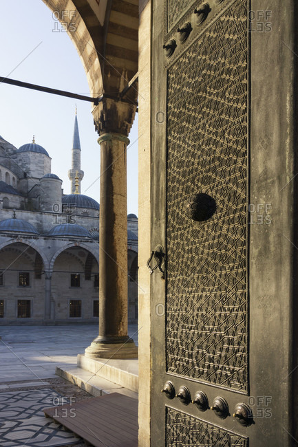 Turkey, Istanbul, Sultanahmet, Blue Mosque, gate