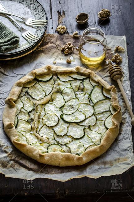 Zucchini and gorgonzola tart, overhead