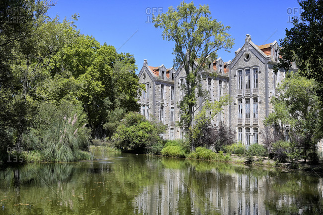 Dom Carlos Park and former school building, Caldas da Rainha, Estremadura, Portugal, Europe