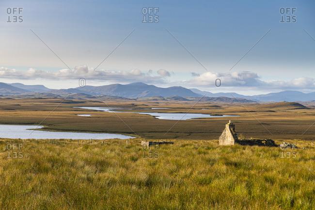 Isolated house on the Isle of Lewis, Outer Hebrides, Scotland, United Kingdom, Europe