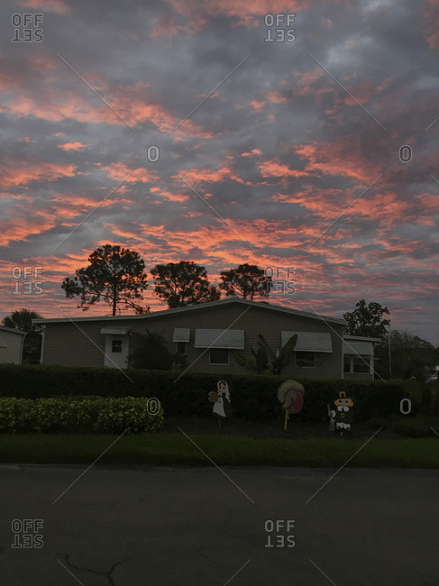 Sunrise over a mobile home during Thanksgiving
