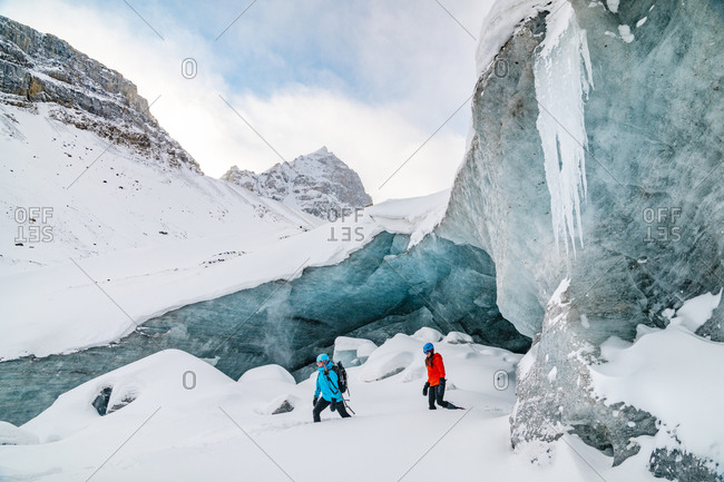Friends Exploring The Columbia Icefields In Jasper