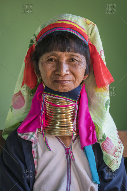 Nyaungshwe, shan, myanmar (burma) - january 20, 2018: portrait of senior burmese woman from kayan tribe, lake inle, myanmar