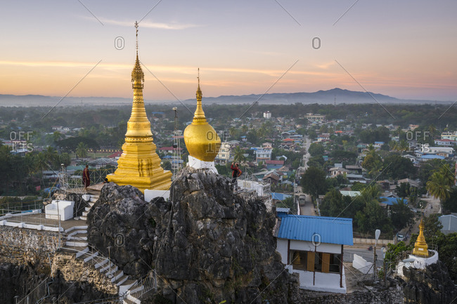 Loikaw, kayah state, myanmar (burma) - january 23, 2018: view of loikaw from taung kwe pagoda during sunset, myanmar