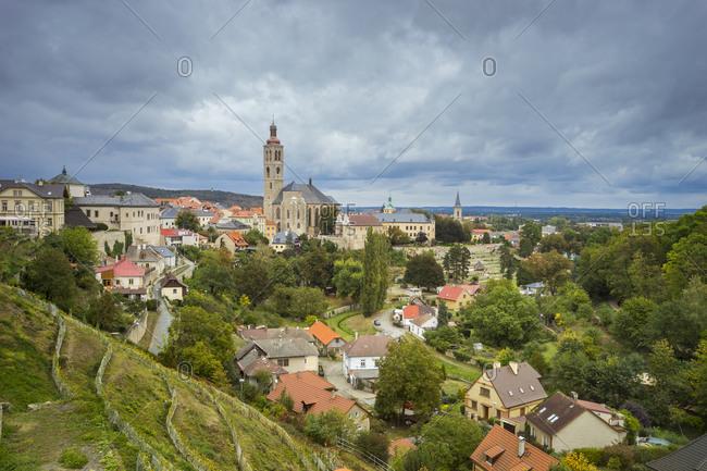 Church of saint james (kostel sv. jakuba) against sky on cloudy day, unesco, kutna hora, kutna hora district, central bohemian region, Czech republic
