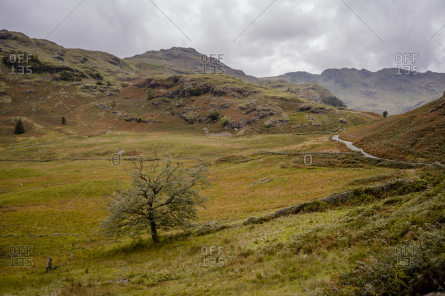 Cloudy mountain pass in the lake district national park