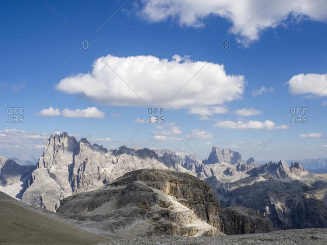 Scenic view of Sexten Dolomites