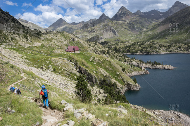 The trail leading towards Refugio Respomuso along the GR11 in the Spanish Pyrenees