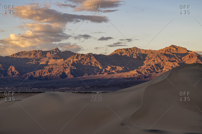 The Mesquite Flat Sand Dunes backed by mountains