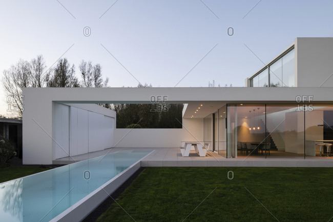 November 12, 2020: Modern residential home with infinity swimming pool