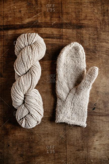 united mitten with skein of yarn