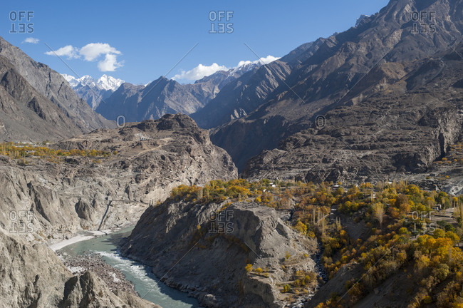 Dramatic river bend in the Skardu valley
