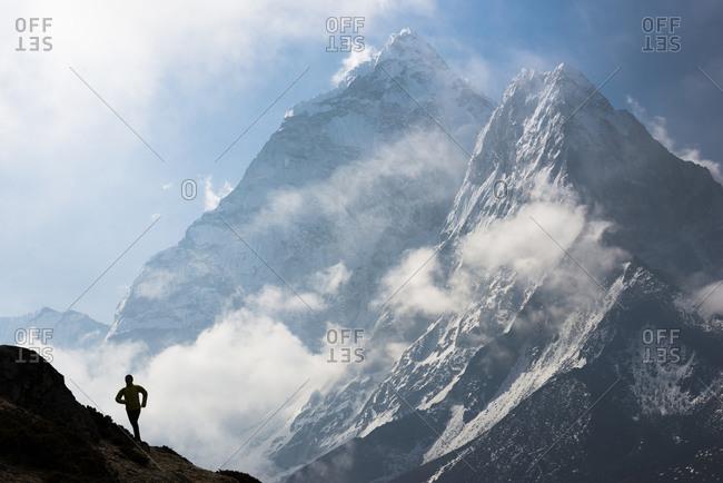 Female world champion competing in the Everest Base Camp to Kathmandu Mailrun