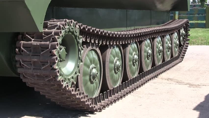 своей русский танк без гусениц фото достался