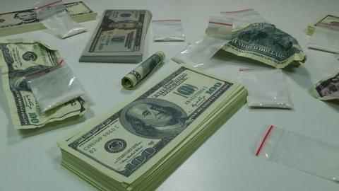 Us Dollar Notes At 100 Stockvideos