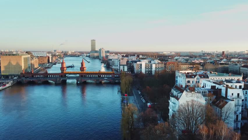 Berlin Oberbaum bridge