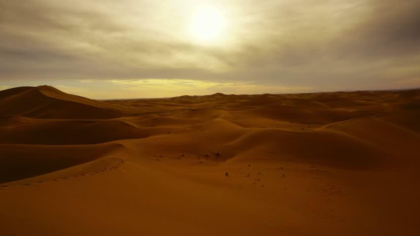 Beatiful landscape in Sahara desert at sunset, zoom in timelapse 4k #1010085263