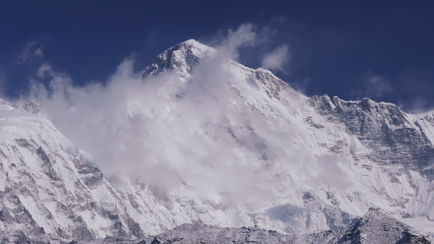 Time Lapse of Cho Oyu peak (8188 m) at sunrise. Nepal, Himalaya mountains.