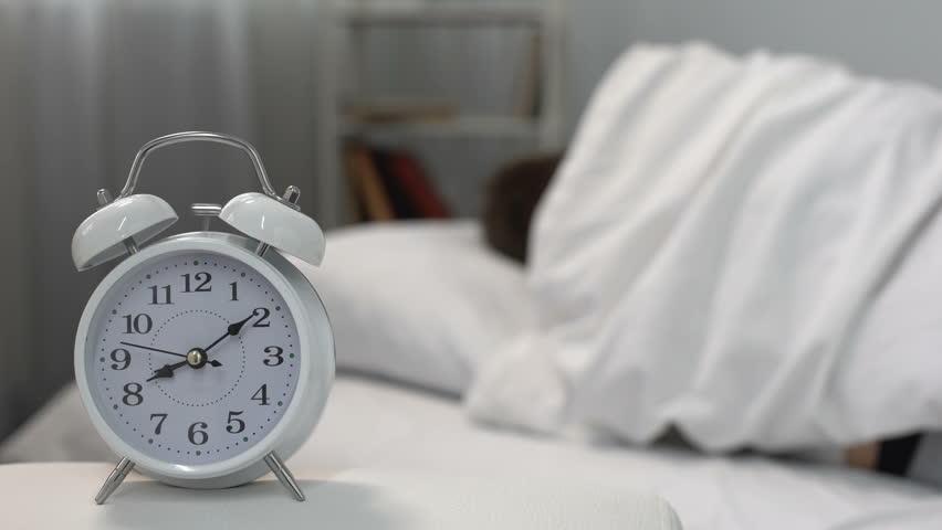 Bagaimana Cara Bangun Pagi Tanpa Alarm