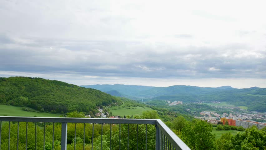 180° view of the landscape from the lookout tower(Erbenova vyhlídka) - view of part with city #1010608964