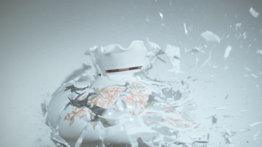 Glass vase shattering in super slow motion, shot with Phantom Flex 4K