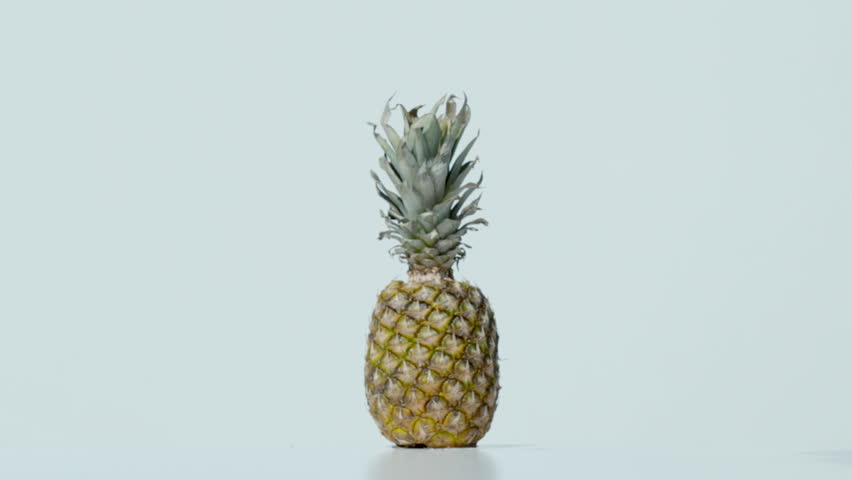 Explosion of a pineapple, Ultra Slow Motion