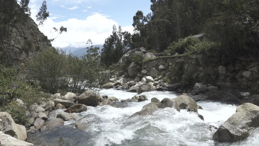 Huaraz Santa Cruz Trekking in the Mountains
