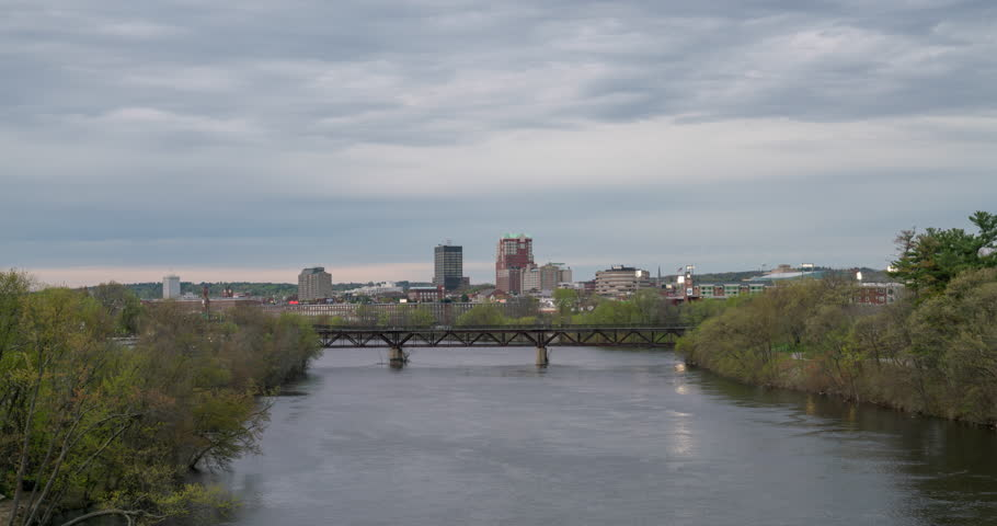 Day To Night In Manchester, New Hampshire