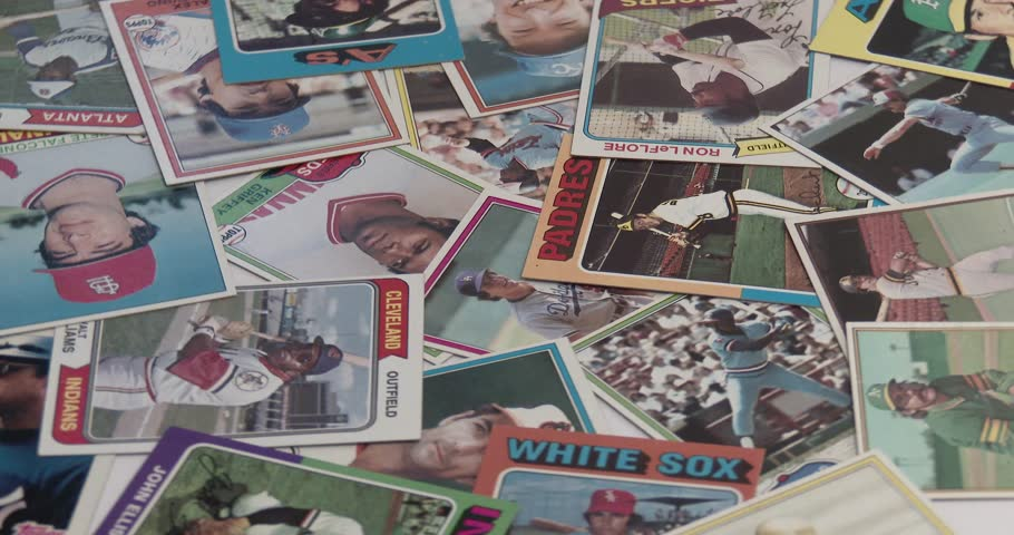 July 4, 2018, Bettendorf, Iowa, Baseball Cards - Vintage - Old Collectible Cards - Throwing Cards On Pile