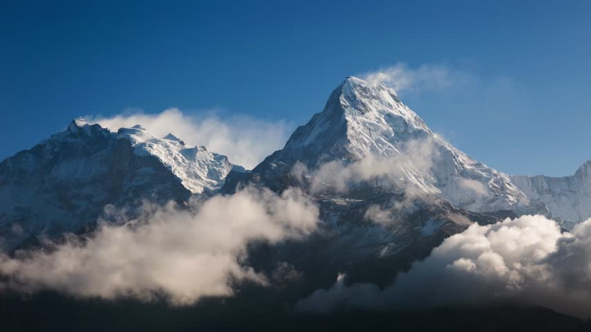 The Himalayas on the way to the Annapurna base camp