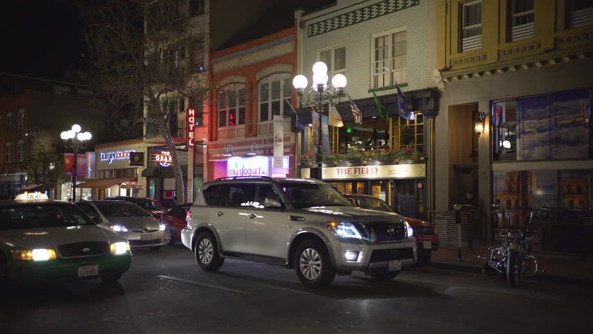 San Diego, United States - June, 2017: Stores, pubs and restaurants on Fifth Avenue, in San Diego, at night. | Shutterstock HD Video #1015135834