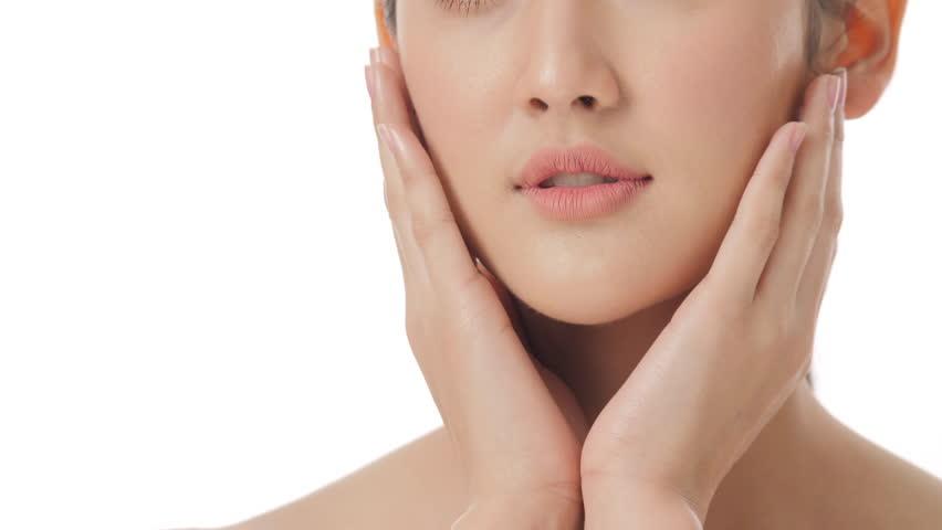 7 Bahan Produk untuk Glass Skin Ala Korea