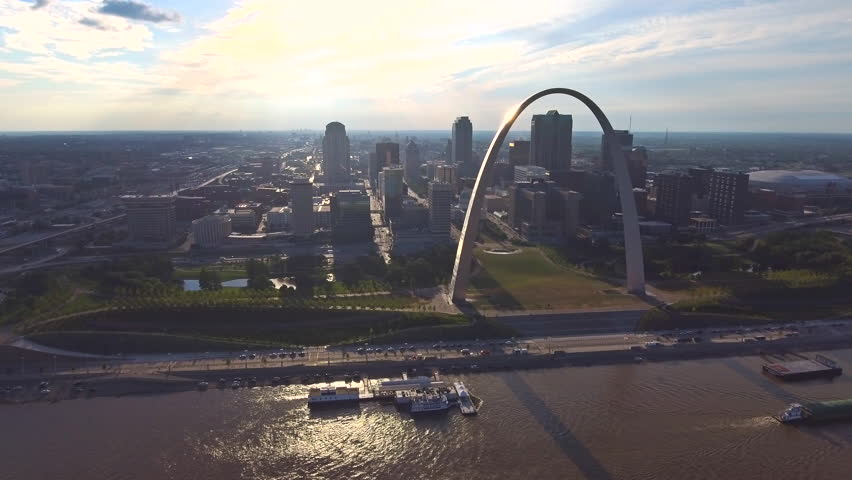 St. Louis Arch and skyline aerial 6   Shutterstock HD Video #1016589007