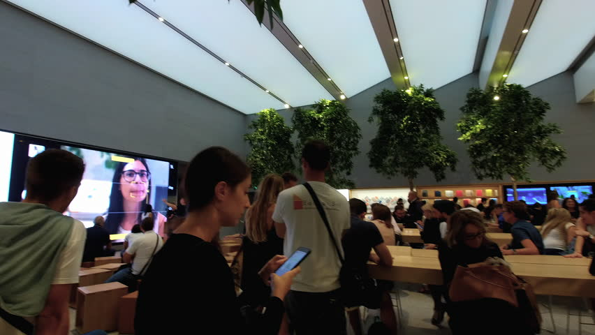 MILAN/ITALY - INSIDE APPLE STORE Circa September 2018  - in Piazza Liberty Milan (afternoon)