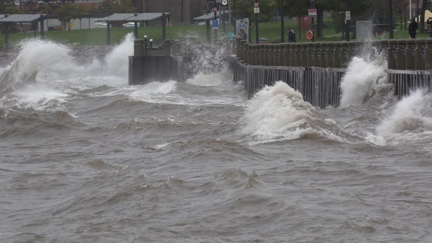 Massive waves hit seawall at city during severe storm