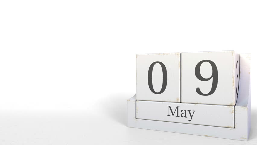 Cube calendar shows May 9 date. 3D animation | Shutterstock HD Video #1020294787