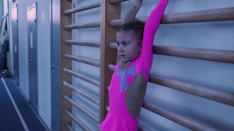 Little Gymnast Abs